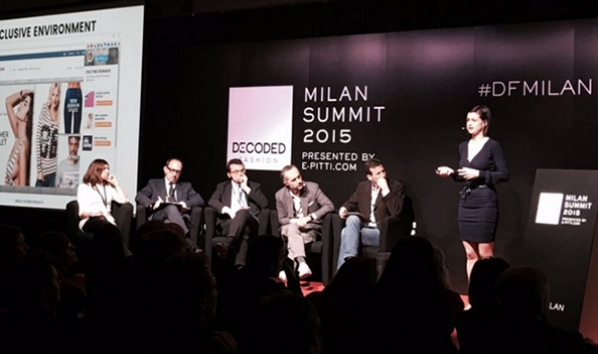 Zsuzsa Kecsmar, Co-founder and CMO of Antavo, presenting on the stage of Decoded Fashion (now e-P Summit in Italy) in 2015.
