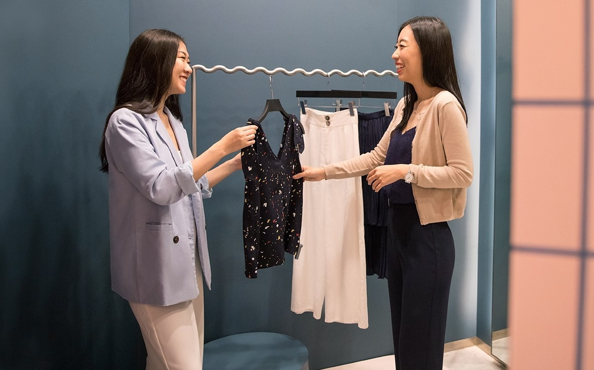 The 'Book-A-Stylist' incentive is only available in Love, Bonito stores in Singapore.